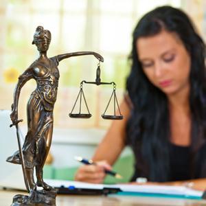 Юристы Апатитов